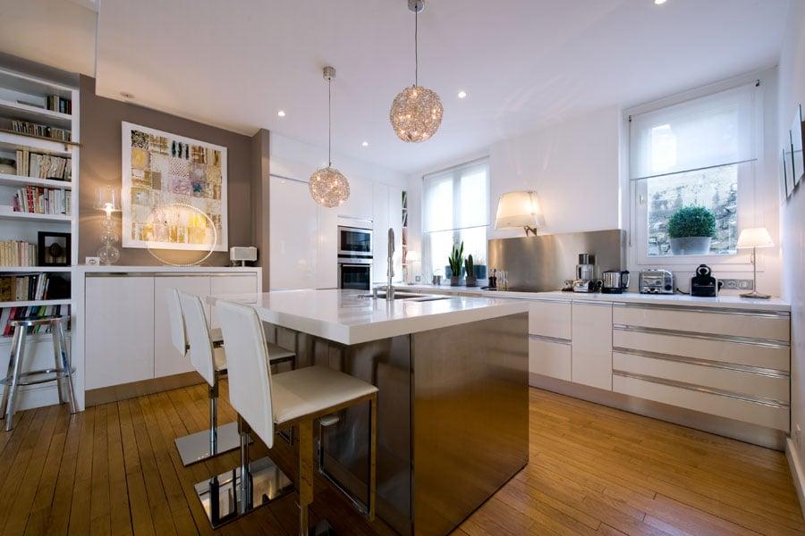 Ilot central dans petite cuisine elegant petite cuisine for Ilot central petit espace