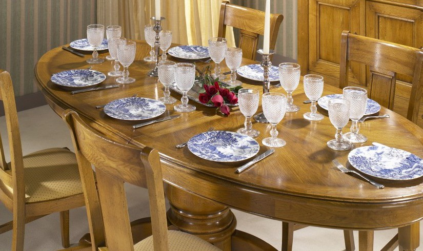 Table chêne massif ovale avec pied central