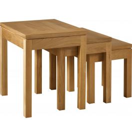 4899 - Tables gigognes chêne pieds carrés