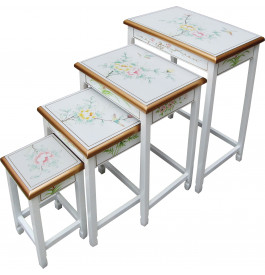 Tables gigognes chinoises laque blanche (x4)
