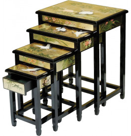 Tables gigognes chinoises (x4)